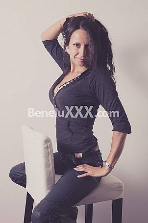 Am�lie sensuelle de Jacquie et Michel TV - Escort Ardennes & Escort girl Ardennes